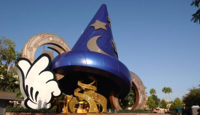 Disneys-_Hollywood_Studios_theme_park_american_vacation_living_orlando-397x230 - disney