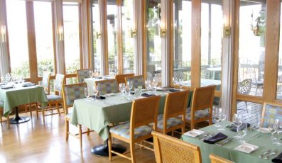 Hemingways_restaurant_american_vacation_living_orlando-397x230 - disney