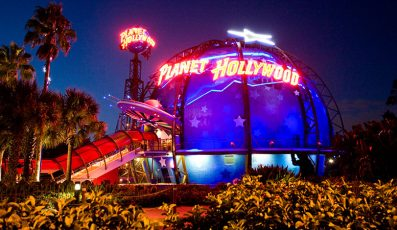 Planet_hollywood_restaurants_american_vacation_living_orlando-397x230 - disney
